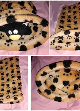 Лежанка - норка для домашних животных.
