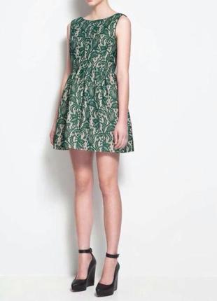 Очень нарядное платье,плотная ткань🥀🌹
