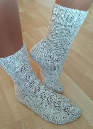 Ажурные носки из натуральной шерсти для дома или подарка близким