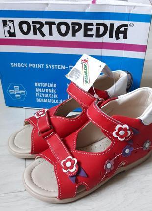 Детские ортопедические босоножки ORTOPEDIA