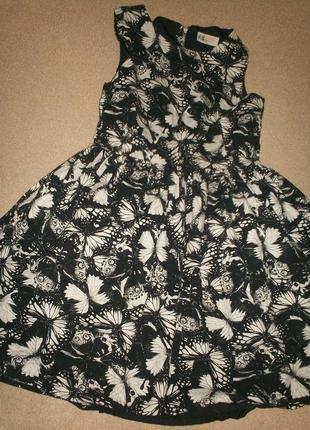 Отличное платье h&m 10-11л