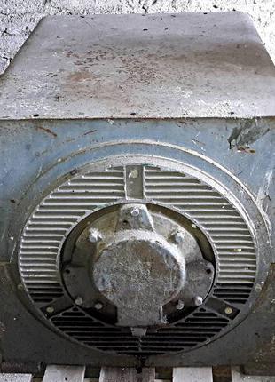 Электродвигатель 4 АН 355-S-10 110 кВт 589 об/мин.