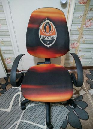 """Продам удобное компьютерное кресло """"Шахтар""""."""