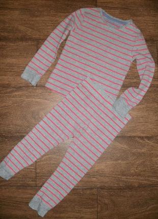 Пижама трикотажная на 5-6 лет
