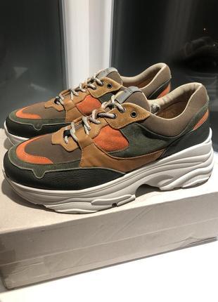 Кожаные кроссовки selected на массивной подошве !