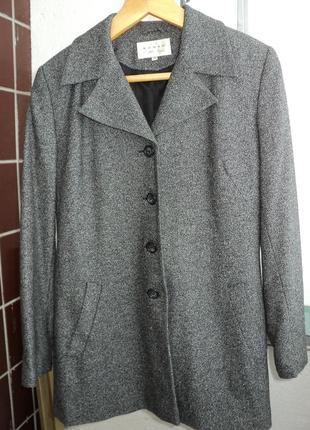 Классный женский пиджак- пальто,размер 48 качество!