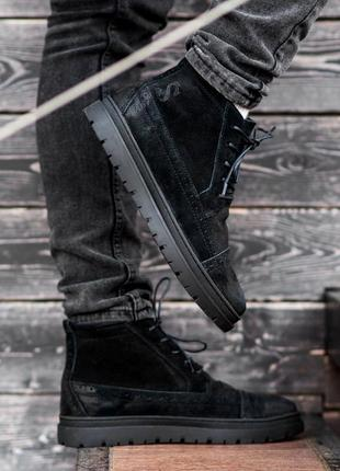 Стильные натуральные зимние мужские ботинки на меху