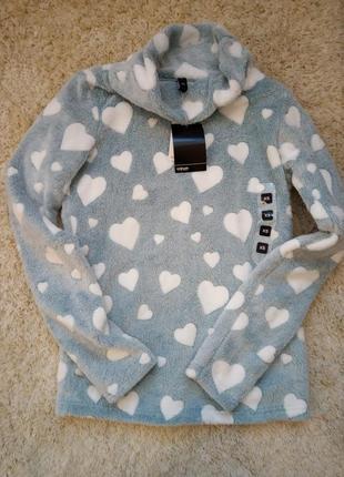 Пушистый свитер байка худи