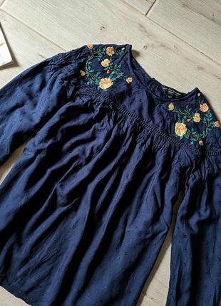 Красивая фактурная блуза блузка с вышивкой свободного кроя s m