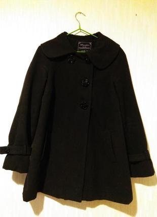 Милое чёрное пальто