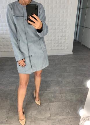 Красивое легкое пальто