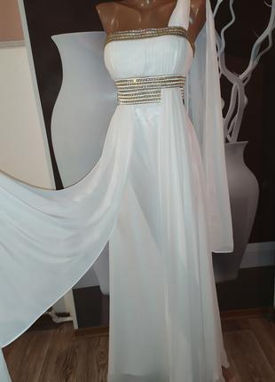 Безумно красивое, статусное свадебное платье
