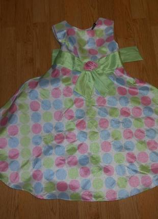 Платье нарядное на девочку 5 лет