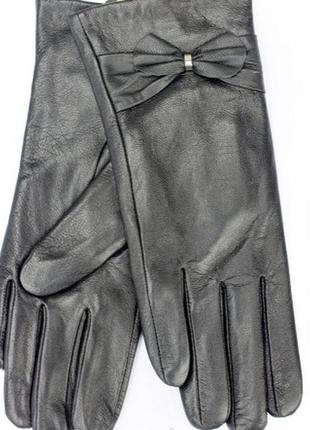 Женские перчатки из кожи ягненка на меху