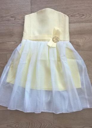 корсетне плаття свіжого лимонного кольору