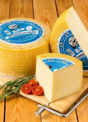 Сыр Испания Semicurado