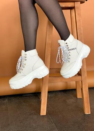 Женские зимние кожаные ботинки/ сапоги на платформе naked wolf...