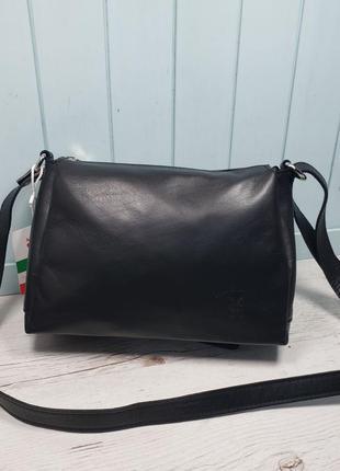 Женская кожаная итальянская сумка через плечо чёрная vera pell...