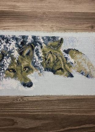 Картина вышивка крестом волки