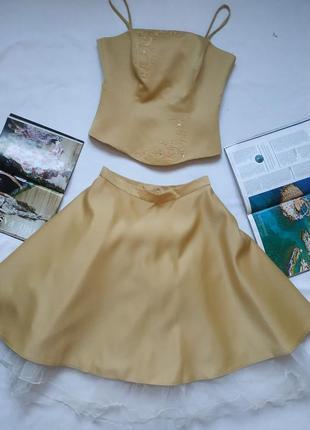 Горчично-золотое платье / костюм из топа и пышной юбки