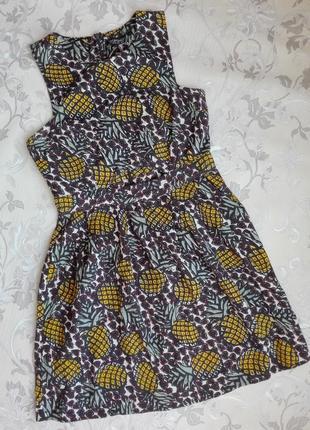 Летнее платье в ананасы