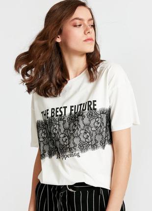 Белая женская футболка lc waikiki / лс вайкики с черным кружев...