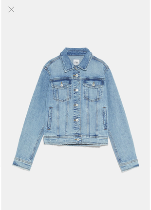 Крутая потертая укороченная джинсовая куртка деним