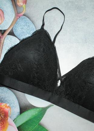 Новый бюстгальтер h&m с переплетением на груди. размер 85с-90в