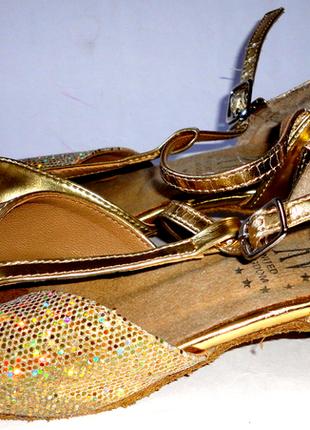 Танцевальные туфли для танцев стелька 20,5см  р.32