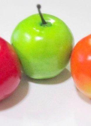 Яблоко искусственное 5 см, зеленое