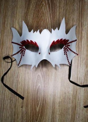 Карнавальная маска белая новый год хэллоуин утренник рождество...