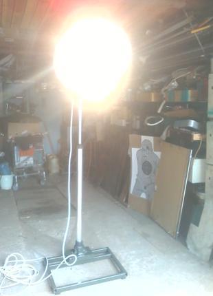 Профессиональный светильник для фотоателье