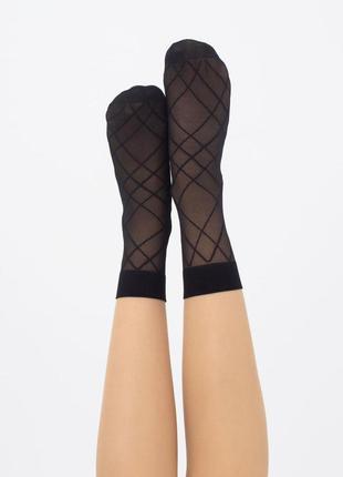 Носки женские капроновые с геометрическим рисунком dn 04 giulia