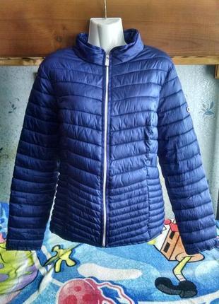 Стеганная демисезонная куртка 48 р