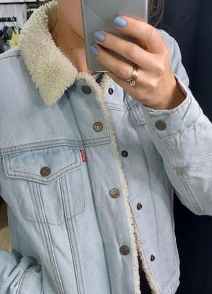 Джинсовая куртка на шерпе !оригинал!