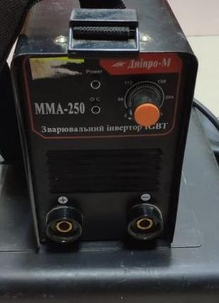 Сварочный инвертор Dnipro-M MMA-250
