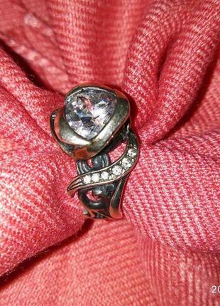 Серебрянное кольцо размер 17-17,5