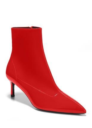 Женские красные ботинки Италия Новые. 38р  Брендовая обувь