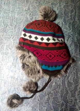 Тёплая зимняя шапка, 7-10 лет.