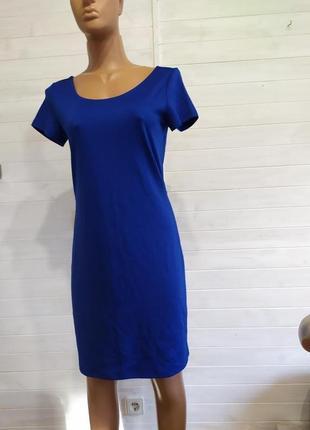 Шикарное платье с интересной спинкой m\l