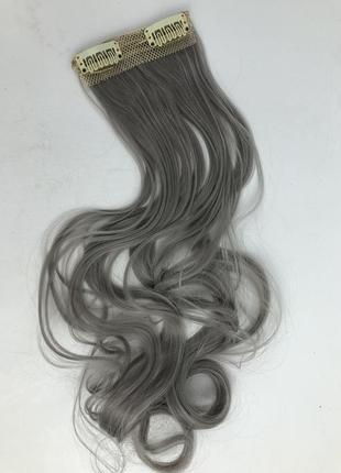 Волосы на заколках серые, седые, серебро, стальной — пряди нак...