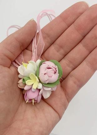 """Кулон ручной работы с цветами из полимерной глины """"весенняя си..."""