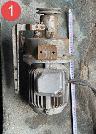 Продам электродвигатель 220 v/0/25 кВт