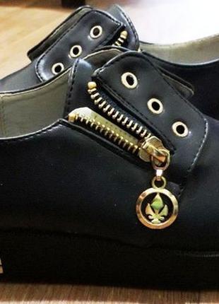 Туфли 34 размер на маленькой платформе