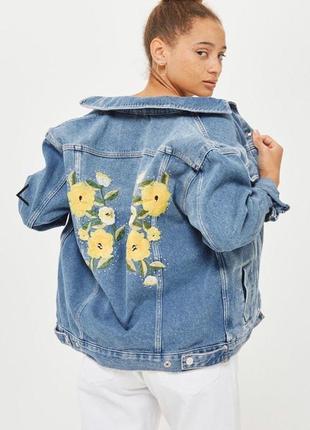 Джинсовая куртка,жакет, пиджак с вышивкой topshop  moto