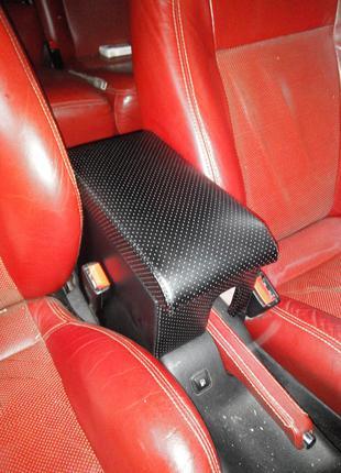 Тюнинг Подлокотник Volkswagen Golf 4 (Фольксваген Гольф 4) PRE...