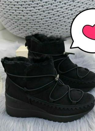 Зимние женские ботинки кроссовки на платформе