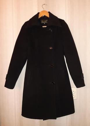 Зимнее шерстяное пальто на ватном утеплителе, р. s-m