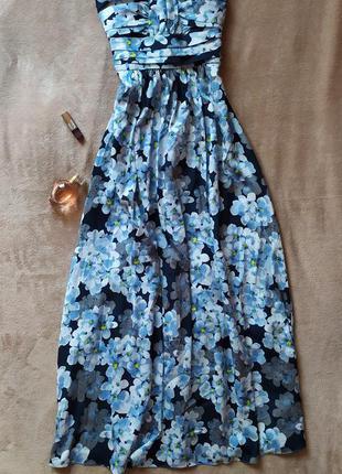 Красивое платье в пол без бретелек с пышной юбкой в цветочный ...