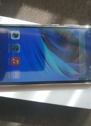 Новый телефон  64 гб полный комплект